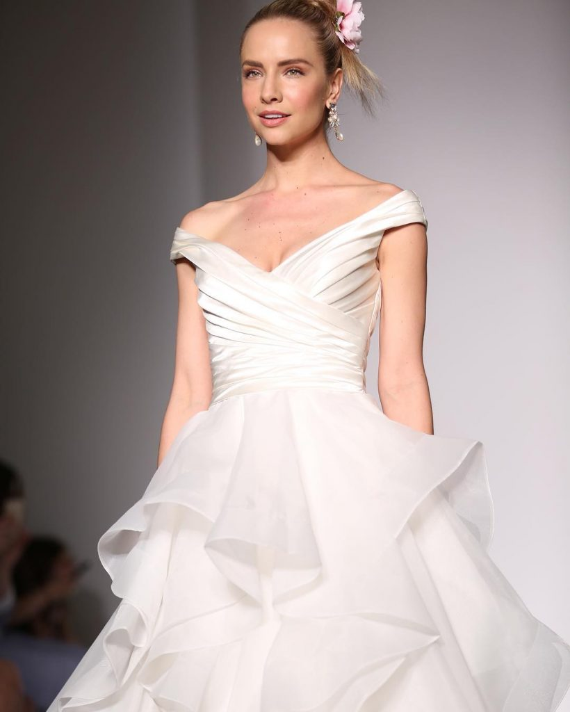 Fall 2016 collections at New York Bridal Fashion Week - Beautiful layered skirt and silk off-the-shoulder dress - Zulani by Maggie Sottero