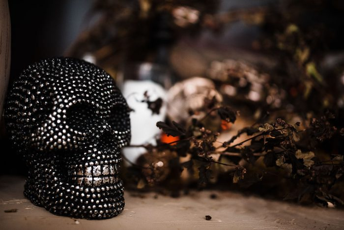 Black Skull Halloween Wedding Idea